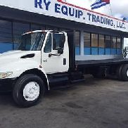2003 INTERNATIONAL 4400 Cab & Chassis