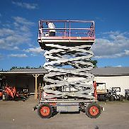 2007 SKYJACK SJ8243 4x4 DIESEL ALL TERRAIN SCISSOR LIFT 43 FT. HÖHE