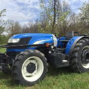 2013 NEW HOLLAND TD4040F 4X4 WEINBERG / Obsttraktor 76 PS. LOW COST VERSAND