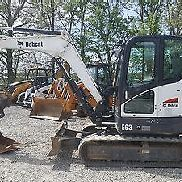 2014 Bobcat E63 Midi Excavator Cab with A/C 902 hrs; 14K lbs; Hydraulic Thumb