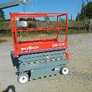 Reconditioned Skyjack 3219 Scissor Lift- JLG, Genie