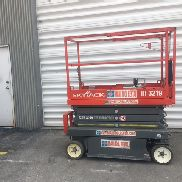 2012 SKYJACK 19' ELECTRIC SCISSOR LIFT SJIII3219