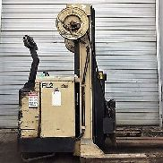 CROWN ELECTRIC 30WRTT 3000LB WALKIE REACH TRUCK