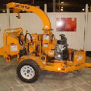 Gebrauchte Carlton Modell 1260 Brush Chipper; 2014 Modell, 35 PS