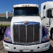 2017 Peterbilt 579 - Unit# HD421936 Truck Tractors