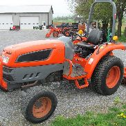 2009 KIOTI DK35SE HST COMPACT TRACTOR. HYDRO. 4X4. 3PT. 632 HRS. RUNS GREAT