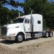 2012 PETERBILT 386 SLEEPER TRUCK
