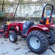 2017 Mahindra 1526H Tractor With Accessories