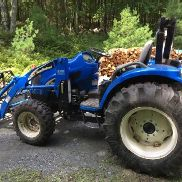 New Holland Tc45da Hydrostatic Tractor 700 Hours