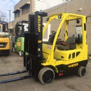 2007 Hyster 5000 Pound Forklift With Side Shift And Triple Mast