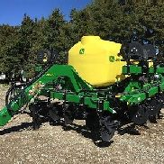2016 John Deere 2510L Applicators & Sprayers