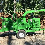 Brush Bandit 254XP Chipper