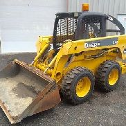 05 JOHN DEERE 320 SKIDSTEER LOADER 66 HP TURBO 1688 HRS 3. Ventil