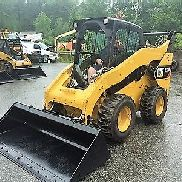 2012 CATERPILLAR 272D SKIDSTEER LOADER 98 HP TURBO 1950 HRS 3. VENTIL A / C