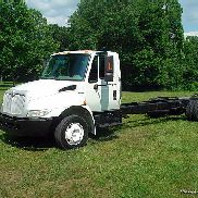 International 4300 Cabina y chasis de perfil bajo Maxxforce DT - Allison - 25.5K GVW