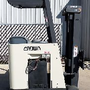 Crown Model RC3020-30 (2004) 3000lbs Capacity Great Docker Electric Forklift!!!!