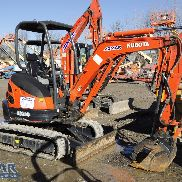 2015 KUBOTA U25 Zero Tail Excavator, with Open Cab, Standard Blade and Thumb.