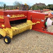 New Holland Baler 575 (9443)