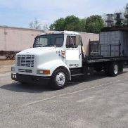 1998 International 4700 LPX 4x2