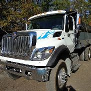2013 INTERNATIONAL 7400 SFA