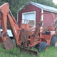 Ditch Witch 4010DD Trencher w / Backhoe Attachment