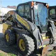 2013 NEW HOLLAND L225