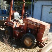 2000 Ditch Witch 3700DD