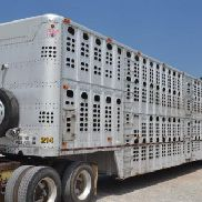 1997 Wilson PSDCL-302 Cattle Trailer