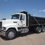 2008 MACK PINNACLE CHU613
