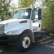 2006 International 4300 SBA 4x2
