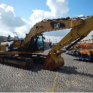 Caterpillar 320DL Tracked Excavator