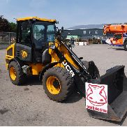 JCB 407T4 Charger