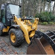 Caterpillar 906H Loader