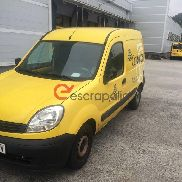 2 renault kangoo for scrapping license plates 0835GKV and 0840GKV