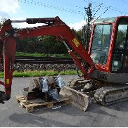 2008 Yanmar VIO35 Rubber Tracks, Blade, Offset, CV, QH, Piped, Aux. Piping c/w 3 Buckets (Declaration of Conformity and Manuals Available) - AYRVIO35J8E204834