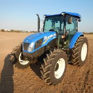 Unused 2017 New Holland TD95D 4WD Tractor 4 Cyl c/w Turbocharged/Intercooled 95HP, 12 x12 Hydraulic Powershuttle, 540 & Ground Speed PTO, High Visibility Roof, Drawbar, A/C (16.9R34 & 13.9R24 Tyres) (Hour Meter Shows 4) (4 Hours) - ZHLM0******