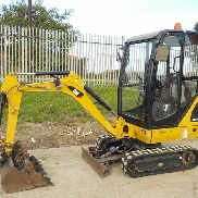 2013 CAT 301.4C Gummiketten, Klinge, Offset, Piped c / w Expanding Undercarriage, 3 Eimer (974 Stunden) - CAT3014CJLJK01209