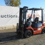 Toyota FD25 Diesel Forklift c/w 2 Stage Mast, Side Shift - 1***6