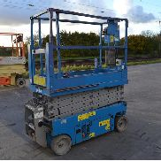 Genie GS1932 Wheeled Scissor Lift Access Platform - GS3008-000914
