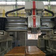SNK DCU-4 Machining center - 5 axis