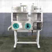 "46"" CONTAINMENT TECHNOLOGIES GROUP GLOVE BOX, MODEL #MIC-4"
