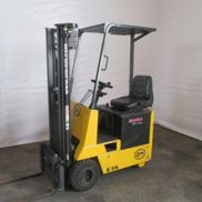 OM E 8 N Electric Forklift