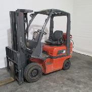 Nissan PD01A15PQ propellant gas forklift