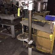 MODEL 16F KFF DRILL PRESS