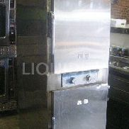Alto-Shaam 1000-TH-1 Steam oven. 2 door. 208v, 60hz, 6000w. Unit is mobile. Unknown working condition. Estimated dimensi