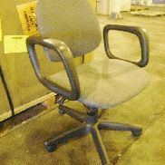 17 ea on 5 Plts Chairs to include: 4 ea Office chairs w/wheels, adjustable seat and back, dimensions: 25in X 25.5in X 31