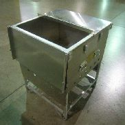"9ea Delta Industries Inc.mdl KL1FF,Tray Pack Tank Assembly,Aluminum Frame,Height-29.125"",Width-24.000"""