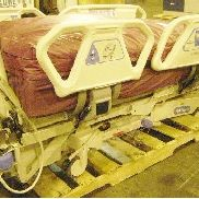 Hill-Rom Co. Inc., Mdl: P1900, mobile electric therapy bed, w/cord, panels power on, unknown overall working condition,