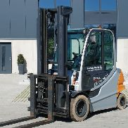 4 Wheel Electric Forklift Trucks