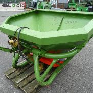 Amazone fertilizer spreader ZAF803